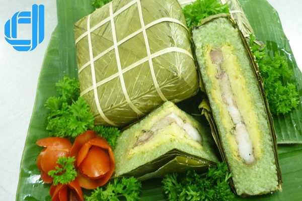 Nức danh với bánh chưng Nhật Lệ xứ Huế