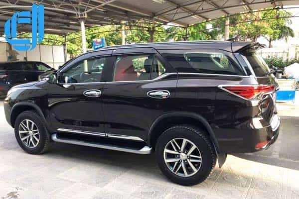 Cho thuê xe du lịch Fortuner 7 chỗ tại Đà Nẵng theo tuyến giá rẻ