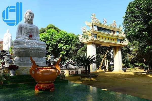 Chùa Thiên Ấn - điểm đến của du lịch Quảng Ngãi