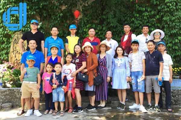 Đoàn Sở Giáo Dục Huyện Chư Sê Du Lịch Đà Nẵng Xem Pháo Hoa 2018