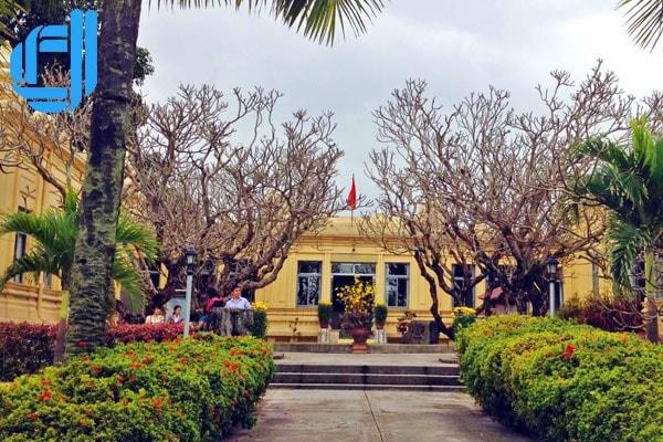 Vẻ đẹp thời gian của bảo tàng Champa Đà Nẵng