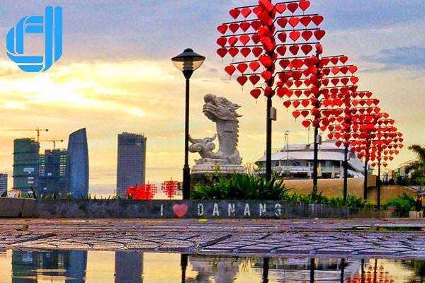 Du lịch Hà Nội Đà Nẵng nên đi bằng phương tiện gì thích hợp ?
