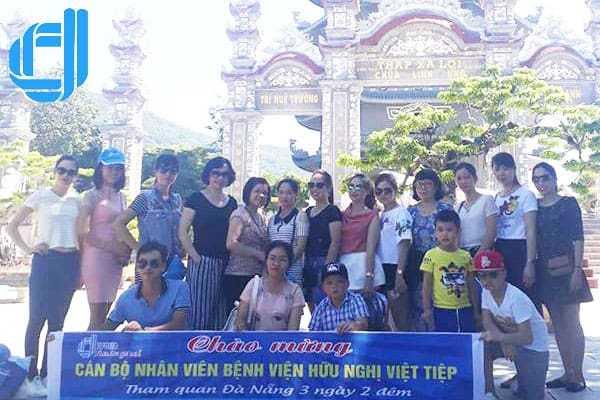 Đoàn CBCNV bệnh viện hữu nghị Việt Tiệp Hải Phòng du lịch Đà Nẵng