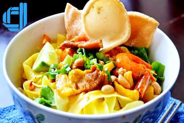 Du lịch Hà Nội Đà Nẵng ném thử mỳ quảng ếch hương vị mới lạ