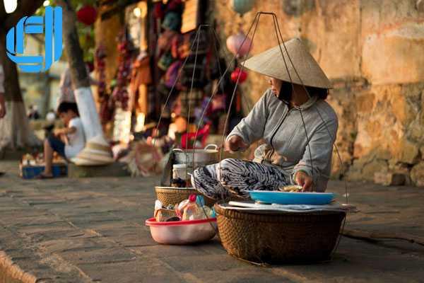 Những gánh hàng rong - một nét văn hóa đẹp ở phố Hội