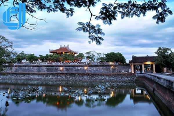 Tour đi Đà Nẵng Huế từ TPHCM 4 ngày 3 đêm bằng máy bay trọn gói