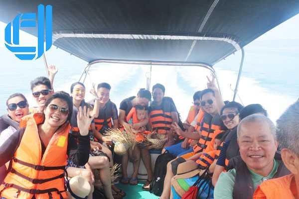Tour Đà Nẵng Bà Nà Huế 5 ngày 4 đêm - Nắng hè bên sông hàn