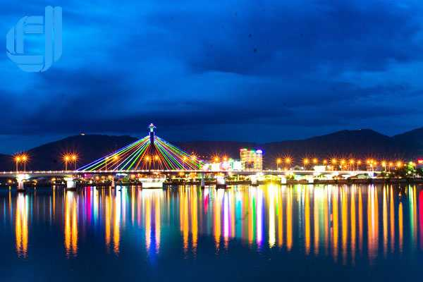 Tour du lịch Hà Nội Đà Nẵng 5 ngày 4 đêm bằng máy bay - D2tour