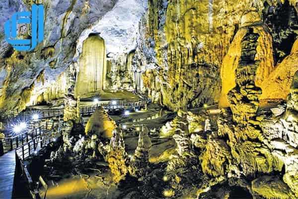 Tour Đà Nẵng Huế động Thiên Đường 2 ngày 1 đêm trọn gói giá chuẩn