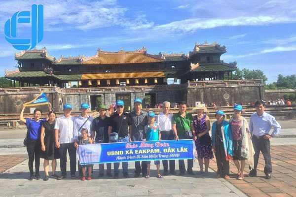 Đoàn UBND xã Eakpam Đắk Lắk hành trình di sản Miền Trung 5 ngày 4 đêm