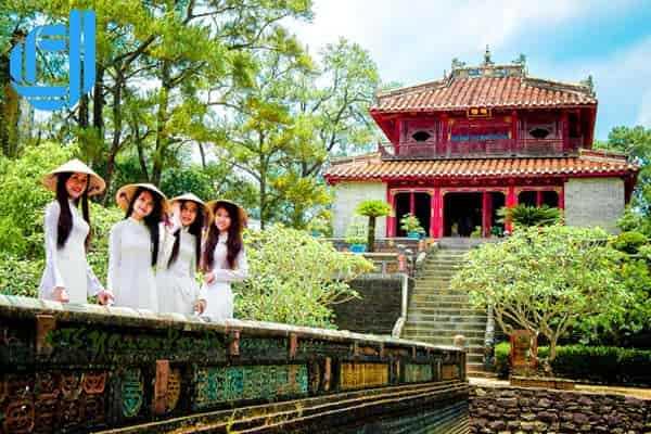 Tour du lịch Huế từ Đà Nẵng trong 1 ngày đón tiễn tận nơi D2tour