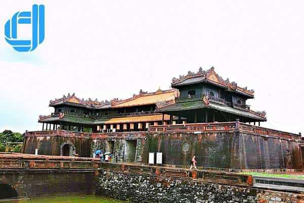 Tour du lịch Huế Động Thiên Đường 2 ngày