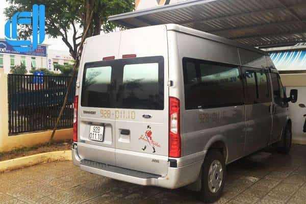 Tư vấn cho thuê xe du lịch 16 chỗ For Transit đời mới tại Đà Nẵng